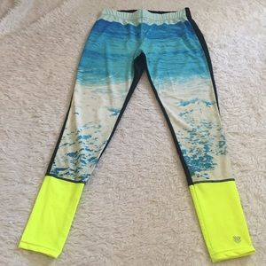 Forever21 ocean leggings